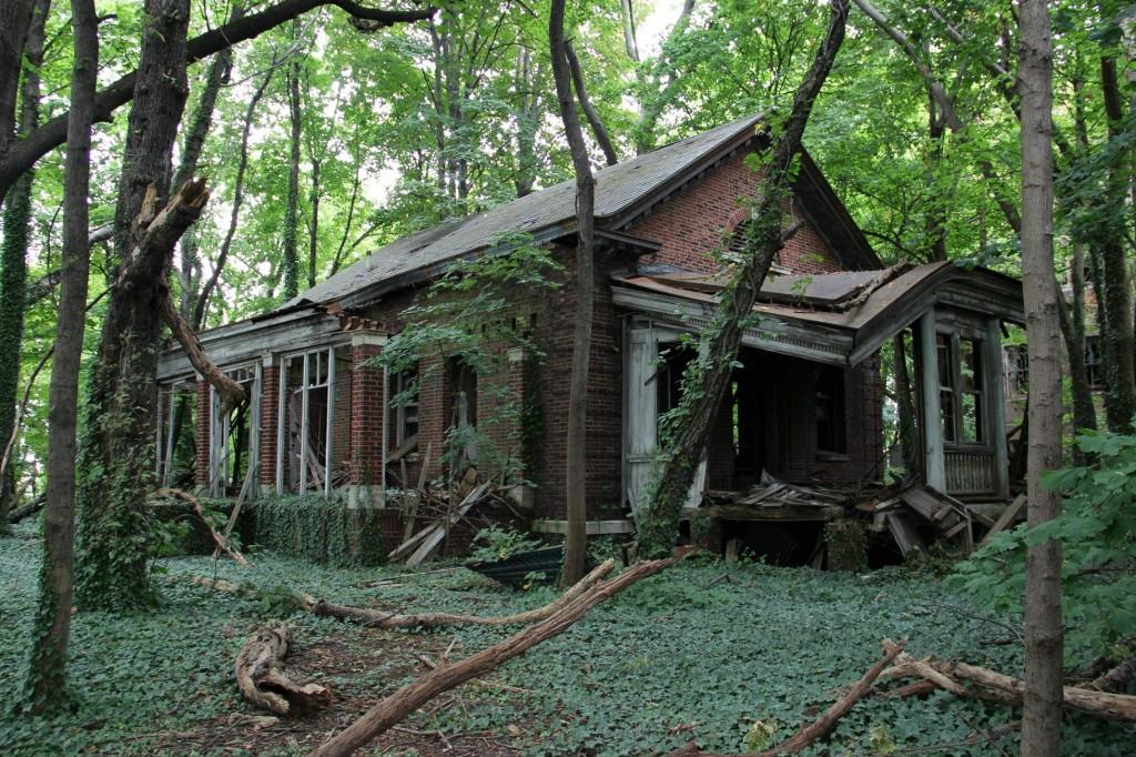 Casa abandonada em Nova York