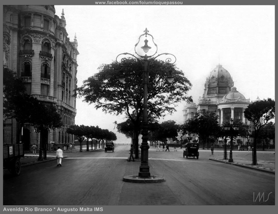 Avenida Rio Branco - Cinelândia - ~1915